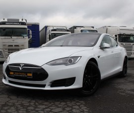 TESLA MODEL S  traitement céramique Gyeon Durabead